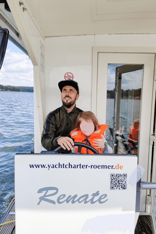 Leinen los für den Urlaub mit Kindern auf dem Hausboot
