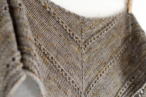 https://www.ravelry.com/patterns/library/the-age-of-brass-and-steam-kerchief