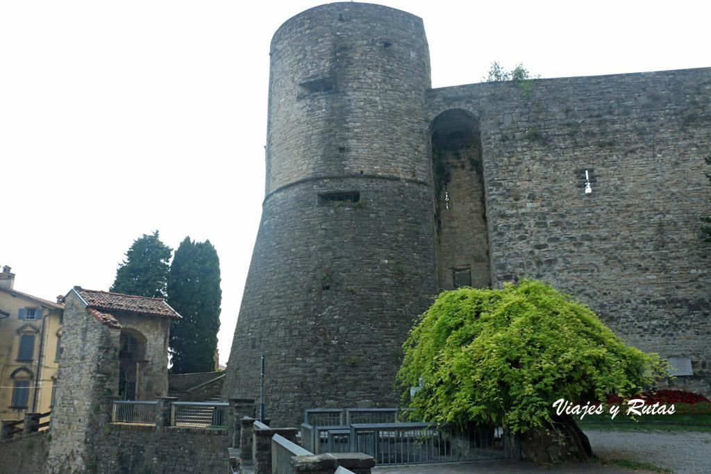 La rocca o castillo de Bergamo