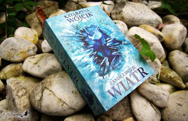 Wiedźmowa głowologia, recenzje książek, fantastyka, wydawnictwo Zysk i S-ka