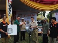 PKS Bagikan 1.437 Paket Lebaran ke Struktur Kelurahan dan Masyarakat