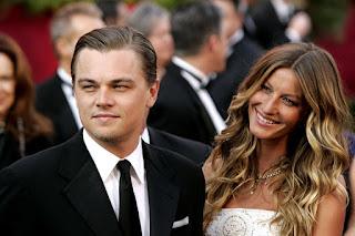 Julianne Hough diz que Leonardo Di Caprio é ruim de cama