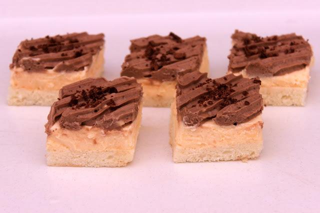 Kremast-kolač-sa-ukusom-slatke-pavlake