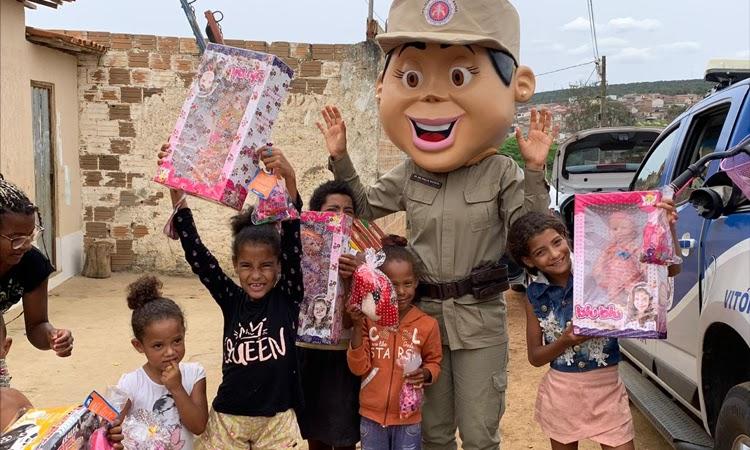 19º BPM arrecada brinquedos para crianças vulneráveis de Jequié