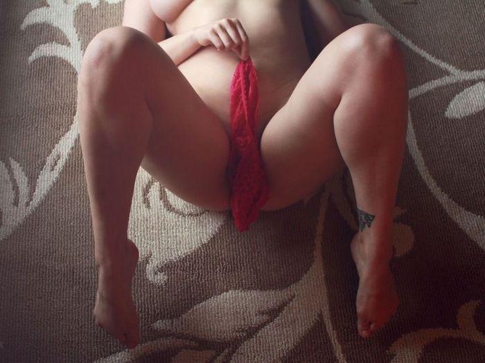 Фото красивых девушек НЮ откровено