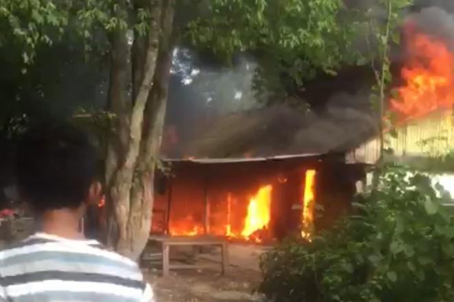 BREAKING NEWS Kebakaran Terjadi di Jalan Sambaloge Baru Bone