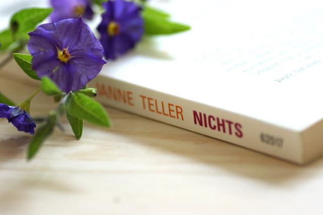 Dieses Buch bleibt im Regal #13 - Nichts von Janne Teller