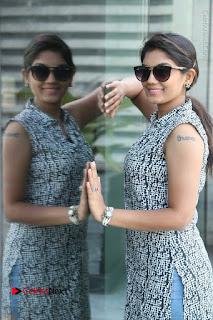 Telugu Television Actress Karuna Latest Pos In Denium Jeans  0059.JPG