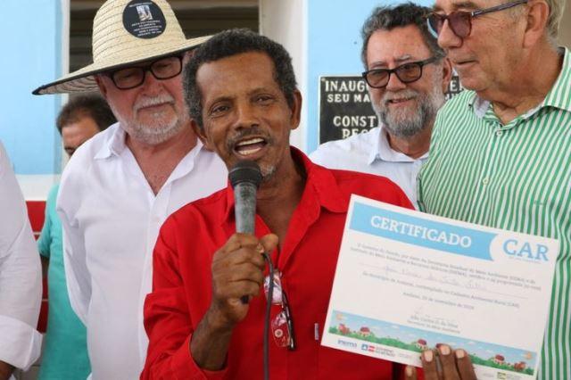 Pequenos agricultores de Andaraí recebem cadastros ambientais rurais
