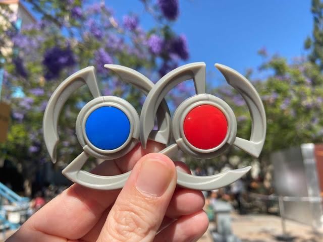 Marvel-Avengers-Campus-Disneyland-Opening-Pym-Test-Kitchen-Food-Beverage-Glowing-Pym-Particle-Capsule