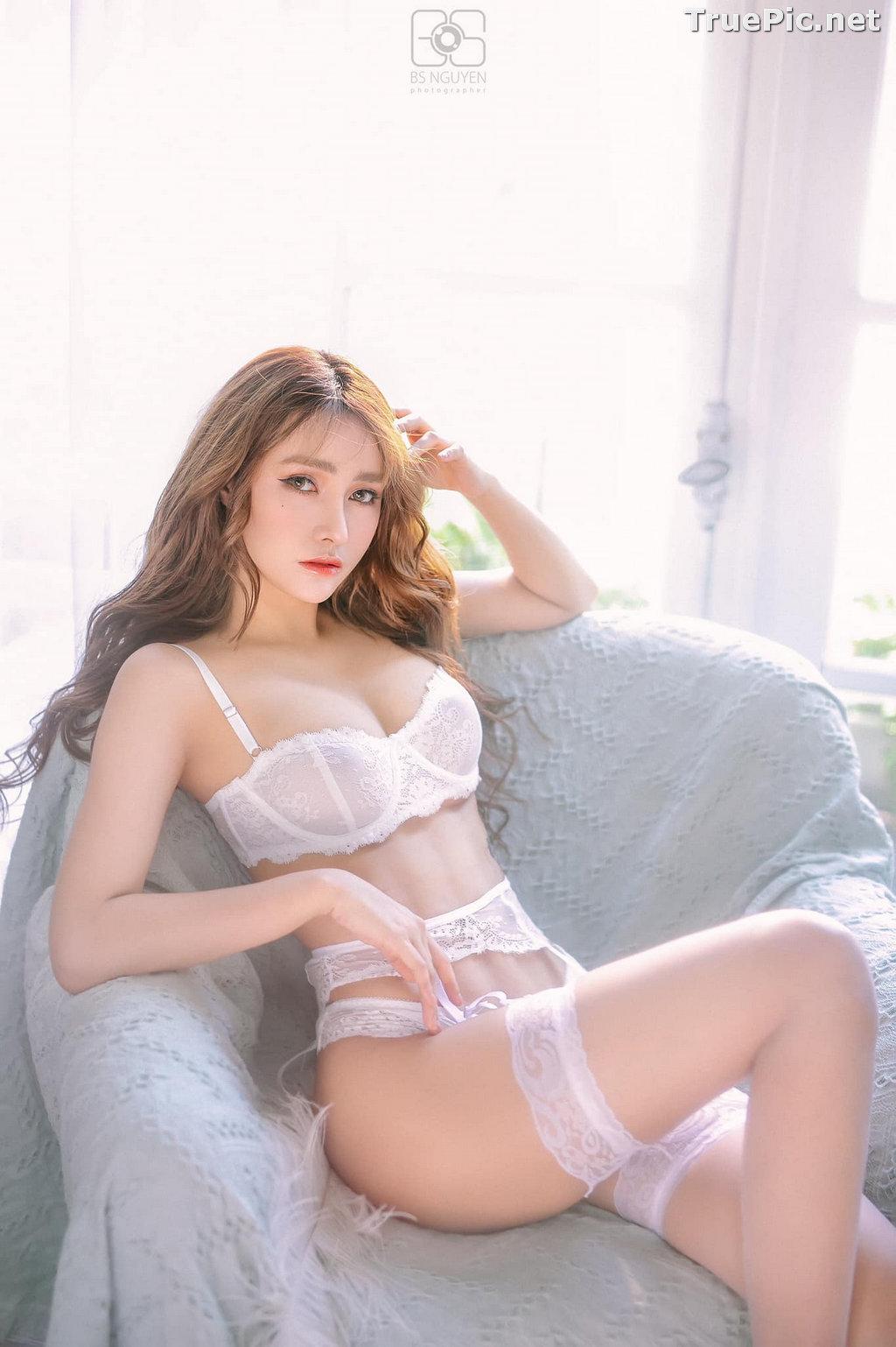 Image Vietnamese Model - Nguyen Thi Phi Yen - Beautiful Sexy White Lingerie - TruePic.net - Picture-24