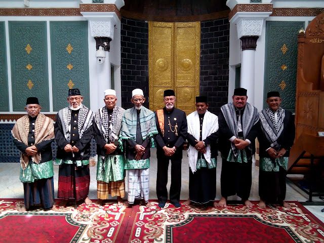 Wali Nanggroe Aceh Kukuhkan Majelis Tuha Peuet