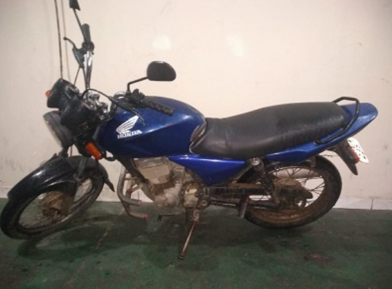 Moto roubada em Olho d'Água das Flores é recuperada  pela polícia militar