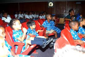 Pendidikan Pada Anak Usia Sekolah