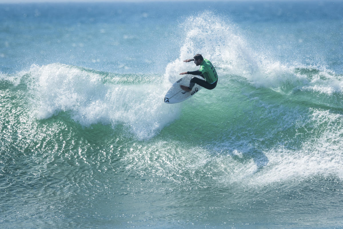 EDP Billabong Pro Ericeira Highlights Action Underway in Good Surf