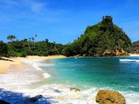 Pantai Ngopet Malang, Satu Lagi Pantai Cantik Yang Tersembunyi