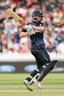 NZ 99-6 to scored 280-8 - New Zealand vs Pakistan 1st ODI 2016 Highlights