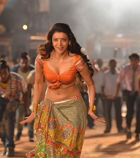 Kajal agarwal HD Stills from Pakka local song