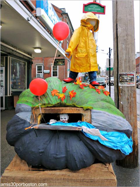 Uno de los Diseños del Damariscotta Pumpkinfest and Regatta