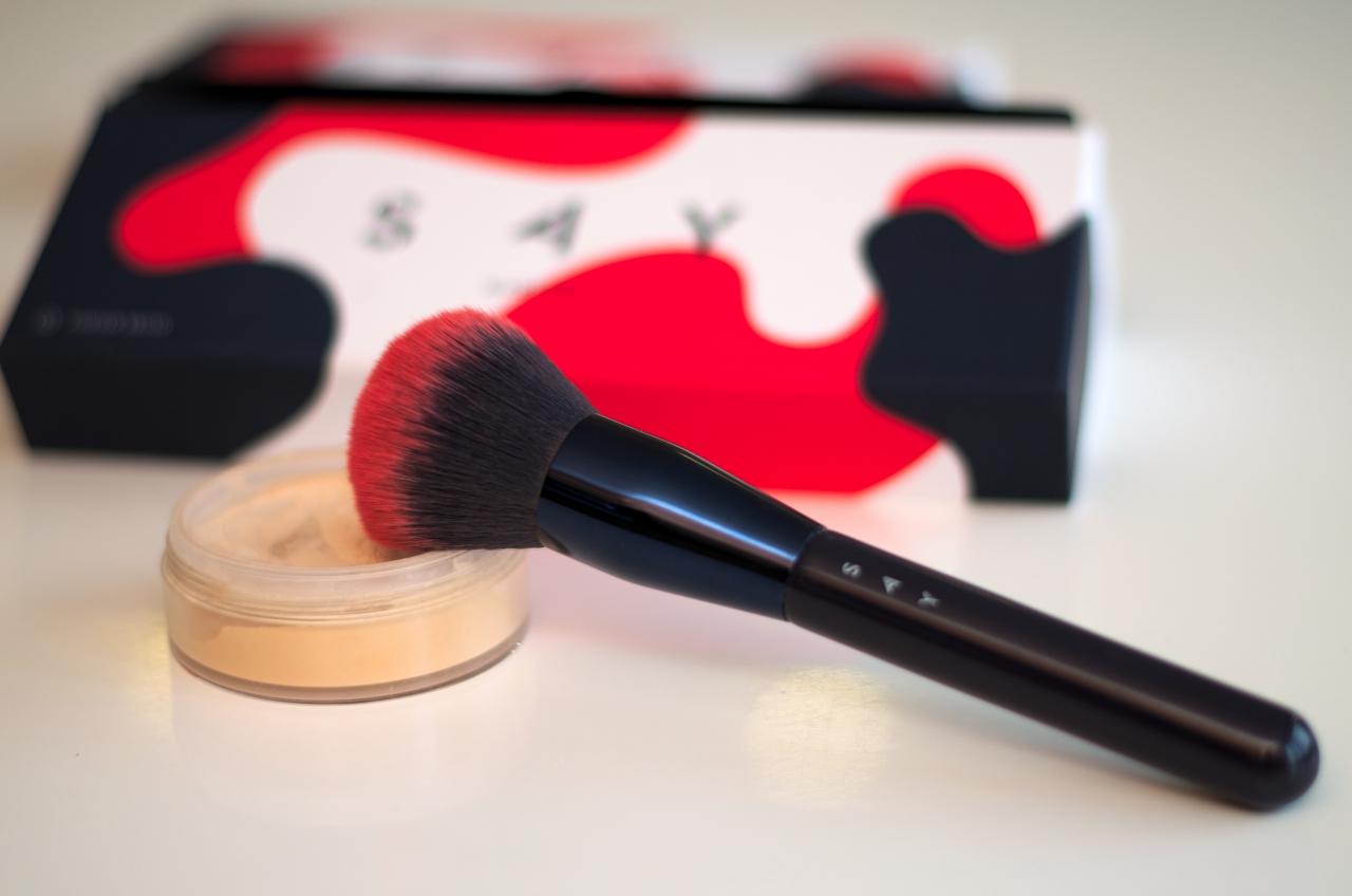 idealny pędzel do pudru SAY Makeup
