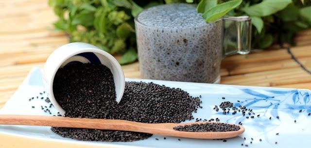11+ αναφερόμενα οφέλη για την υγεία των σπόρων βασιλικού