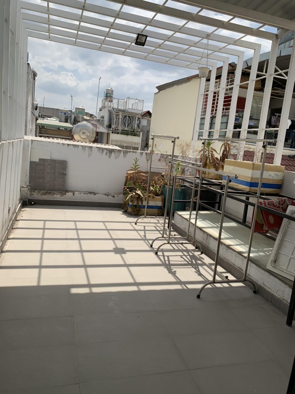 Bán nhà Hẻm xe hơi Trần Bình Trọng phường 1 Quận 5. DT 3,3x7,5m