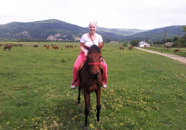 Riding Duchess in Cislau, Romania
