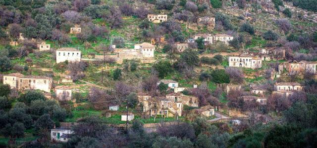 Την ανακήρυξη της Πέστανης σε παραδοσιακό οικισμό ζητάει ο Κυριάκος Βελόπουλος