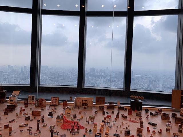 塩田千春展:魂がふるえる