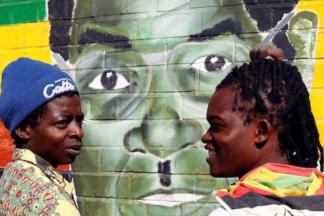 زيمبابوي .. الغموض يكتنف موعد جنازة موغابي
