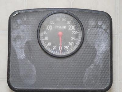 Berat badan bayi 8 bulan normal