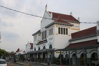Mulai 1 Desember 2019, Jadwal Kereta Api Di DAOP 3 Cirebon Berubah