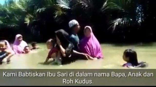 Heboh Video Pembaptisan Ibu-ibu Berhijab di Cikidang Sukabumi, Camat Bilang Hoaks
