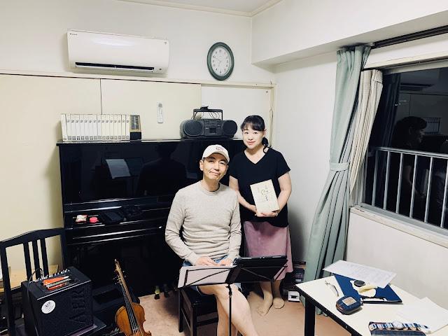 おとがたり:長浜奈津子(朗読)喜多直毅(ヴァイオリン) 2020年9月1日、リハーサルにて。