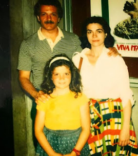 Alex Guarnaschelli's childhood picture with her parents