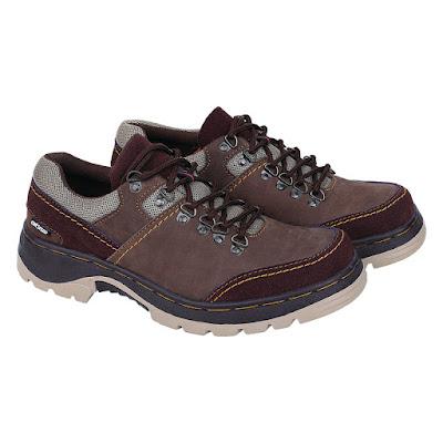 Sepatu Adventure Pria Catenzo RI 616