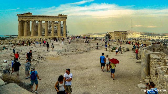 Via Panatenaica, avenida da Acrópole de Atenas
