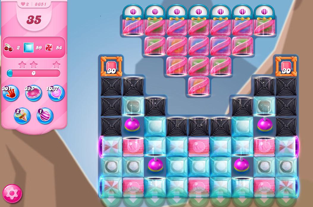 Candy Crush Saga level 8651