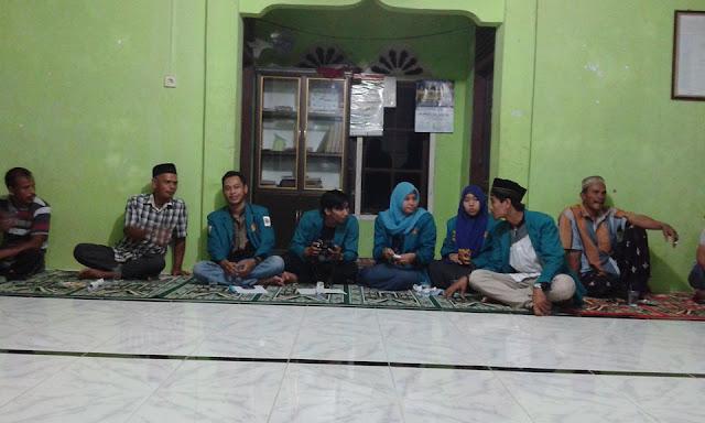 Pertemuan Mahasiswa KKN dengan Masyarakat