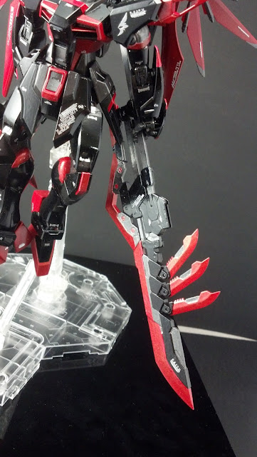 MG Dark Destiny Gundam Custom