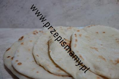 Domowy chleb pita