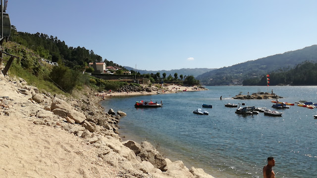 Praia Fluvial Ilha do Gerês