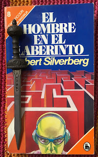 Portada del libro El hombre en el laberinto, de Robert Silverberg