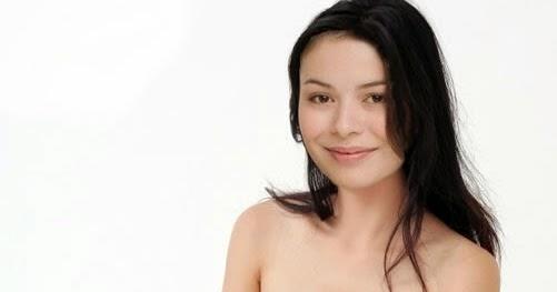 Miranda Cosgrove desnuda en su nueva serie