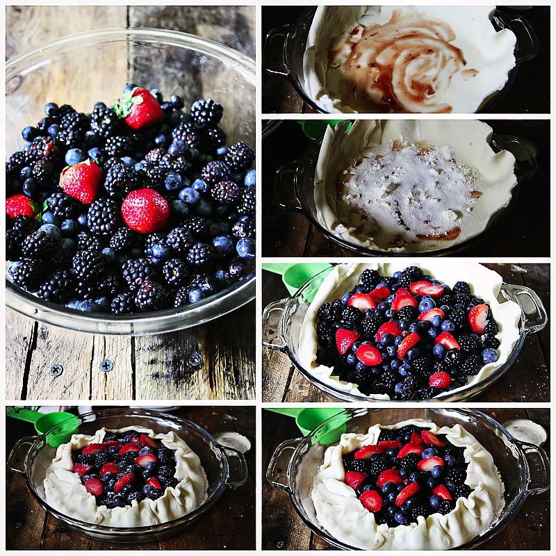 Triple Berry Galette #Recipe ::::: For more recipes, visit my blog, Sandra's Easy cooking @SECoooking http://www.sandraseasycooking.com/