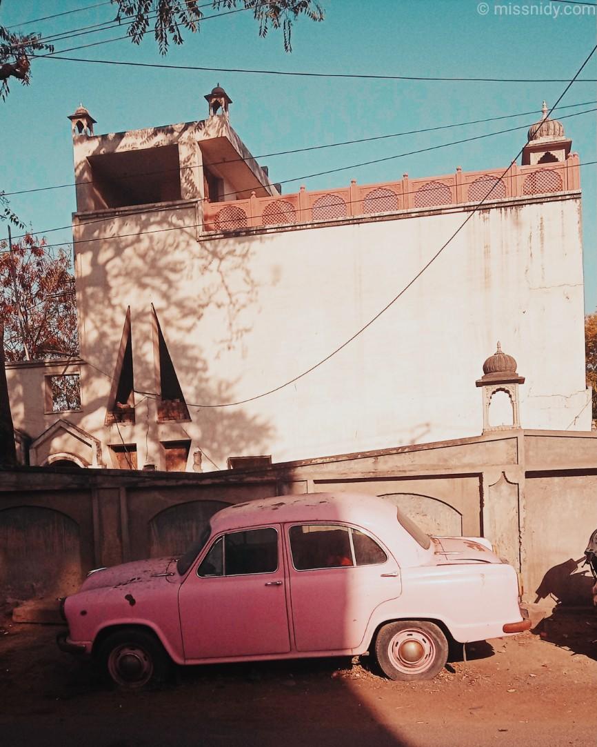 sewa mobil di india