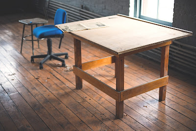 Jasa Ahli Pembuatan Meja Kayu Custom