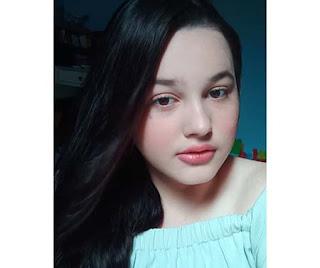 Elsy Amalia Zaluska pemeran Ninu di TOP