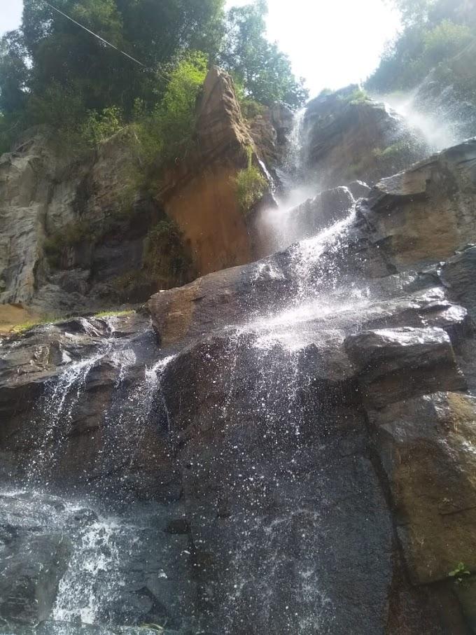 Curug Batu Templek Wisata Air Terjun Yang Indah di Pandang