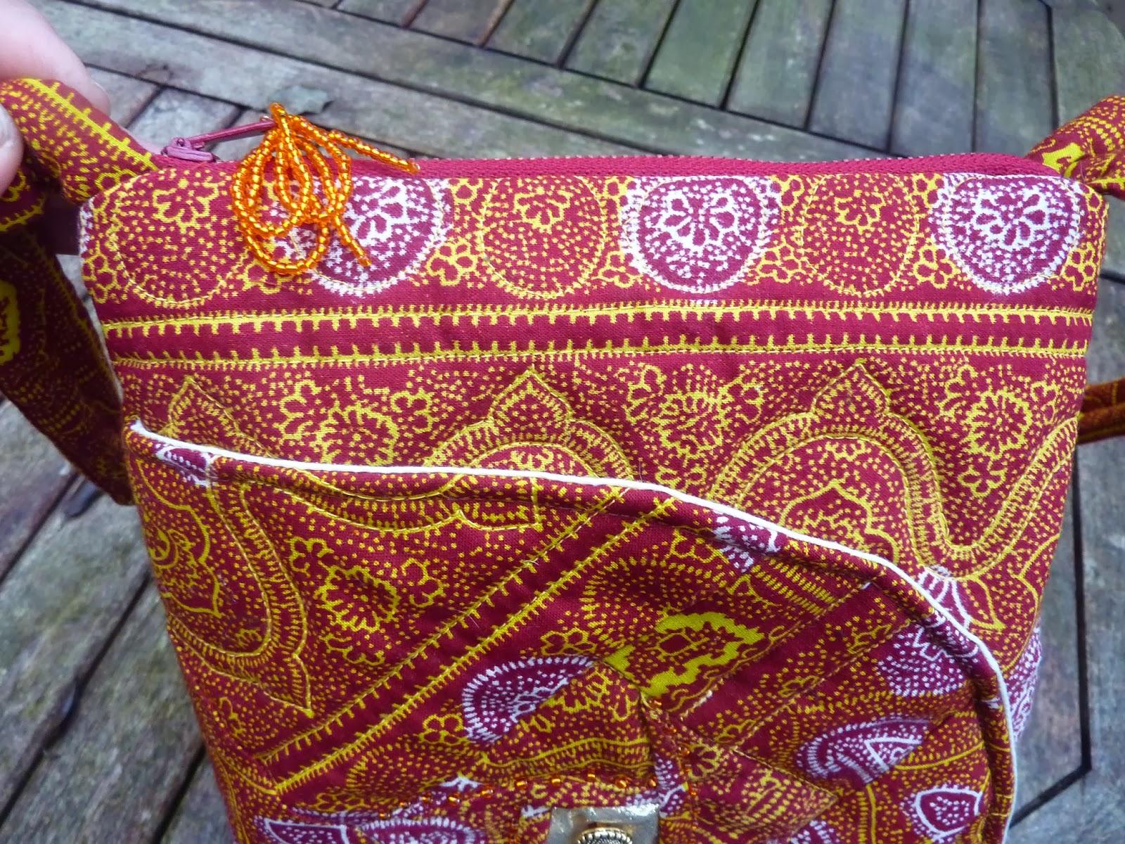 freydaquilts petit sac en tissu africain. Black Bedroom Furniture Sets. Home Design Ideas